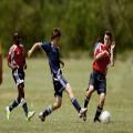 Voetbal is razend populair, waarom eigenlijk?